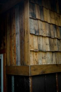 repurposed pallet wood for siding