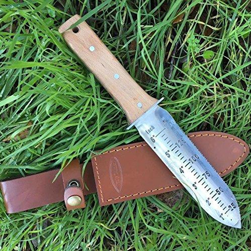 hori hori garden knife for foraging